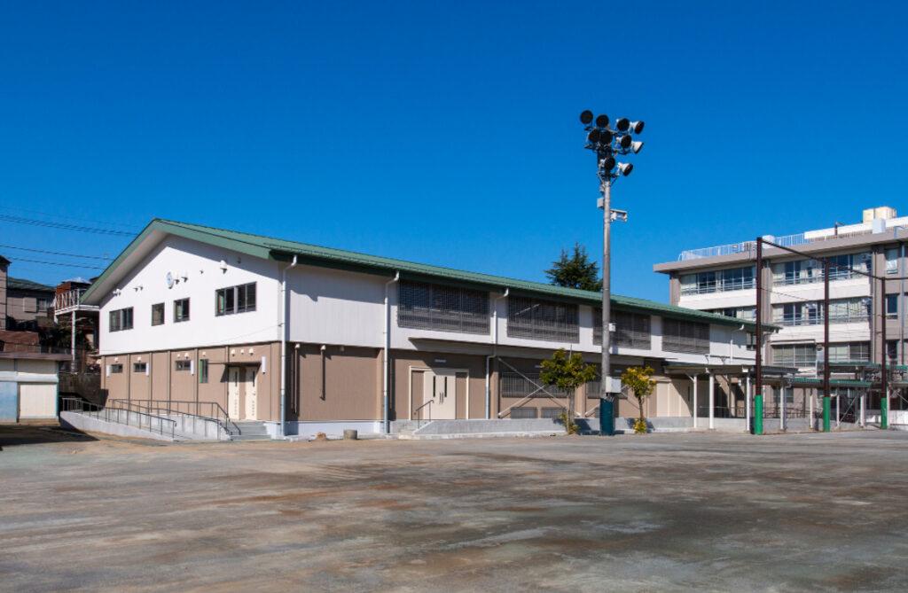南生田中学校体育館